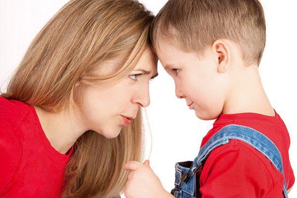 Cum să înțelegem comportamentele dificile ale copiilor